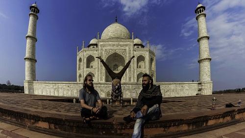 The Taj Mahal Handstand
